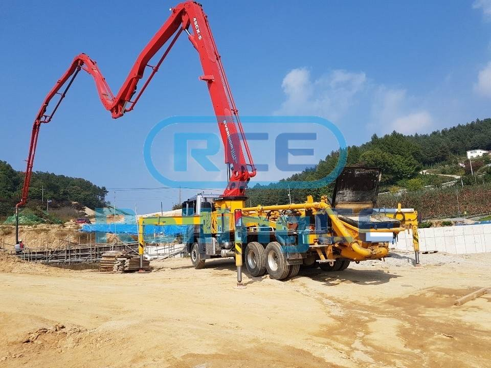 Concrete Pumps 콘크리트 펌프카 Xe bơm bê tông EVERDIGM 45CX-5 images