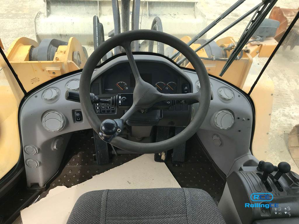 Wheel Loaders 훨로더 Xe xúc lật VOLVO L150F images
