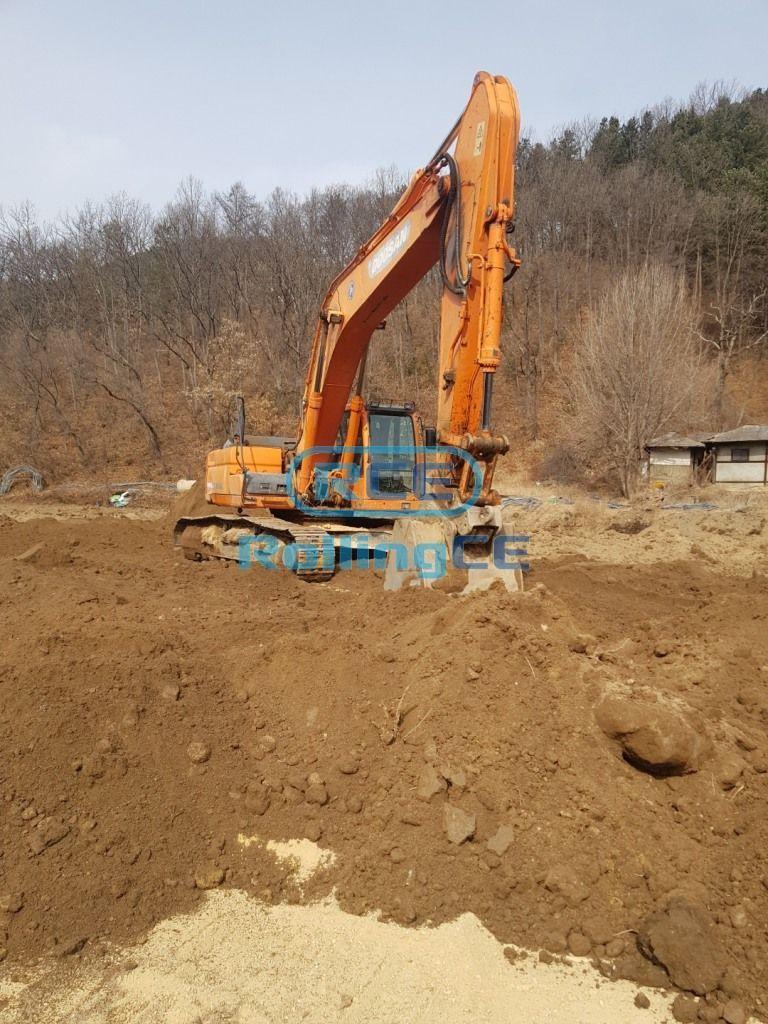 Crawler Excavators 무한 궤도식 굴삭기 Máy xúc bánh xích DOOSAN DX300