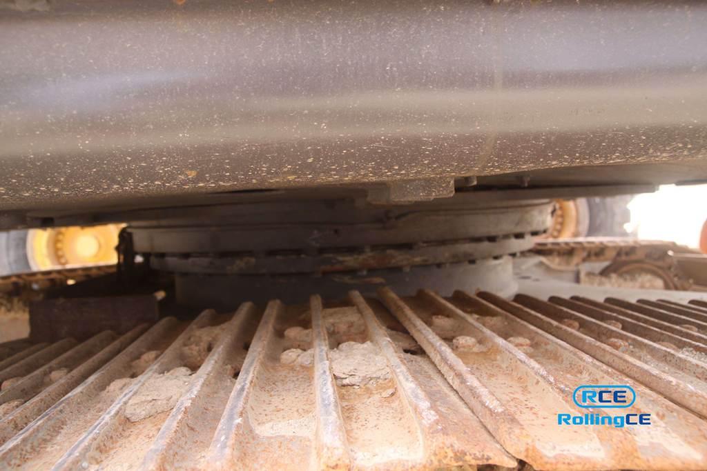 Crawler Excavators 무한 궤도식 굴삭기 Máy xúc bánh xích VOLVO EC140CL images