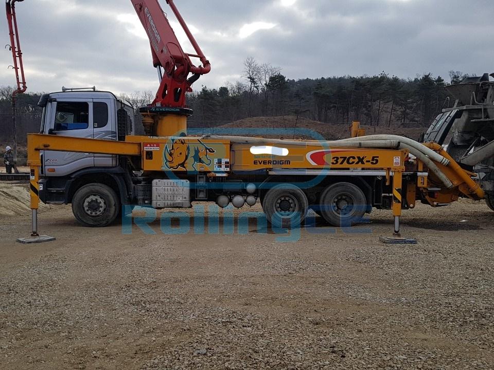 Concrete Pumps 콘크리트 펌프카 Xe bơm bê tông EVERDIGM 37CX-5