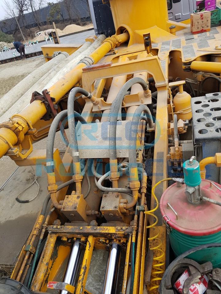 Concrete Pumps 콘크리트 펌프카 Xe bơm bê tông EVERDIGM 37CX-5 images