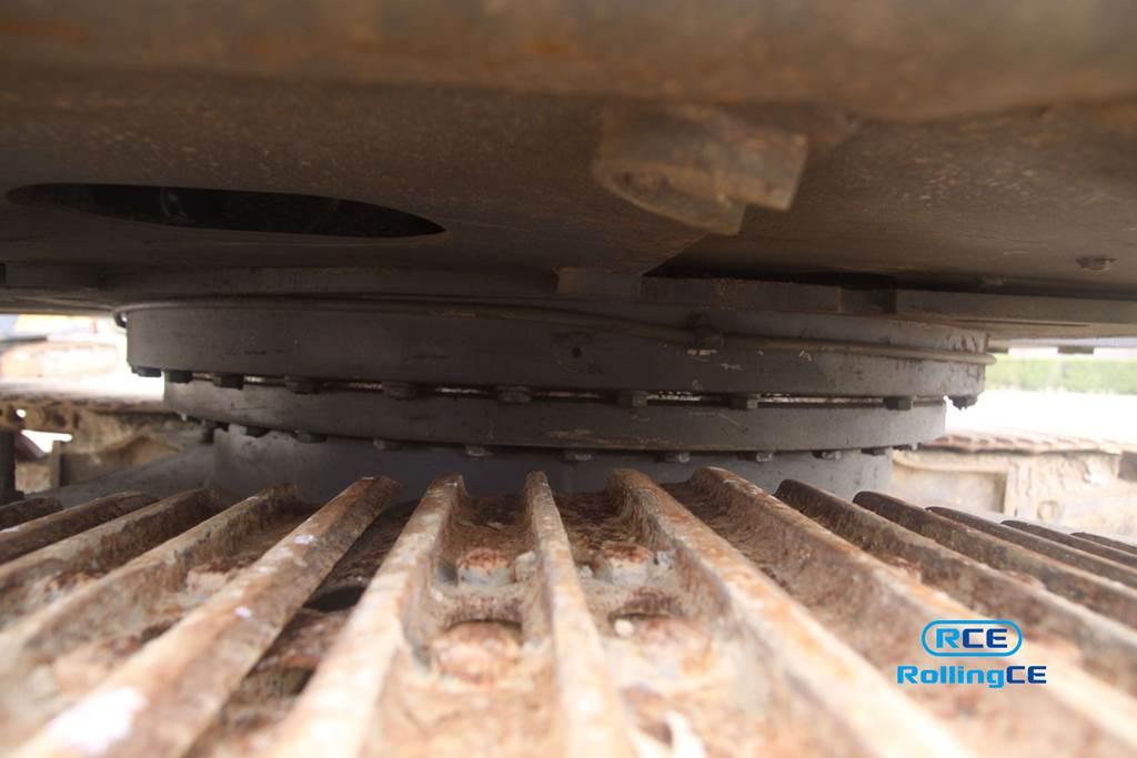 Crawler Excavators 무한 궤도식 굴삭기 Máy xúc bánh xích VOLVO EC140B PRIME images
