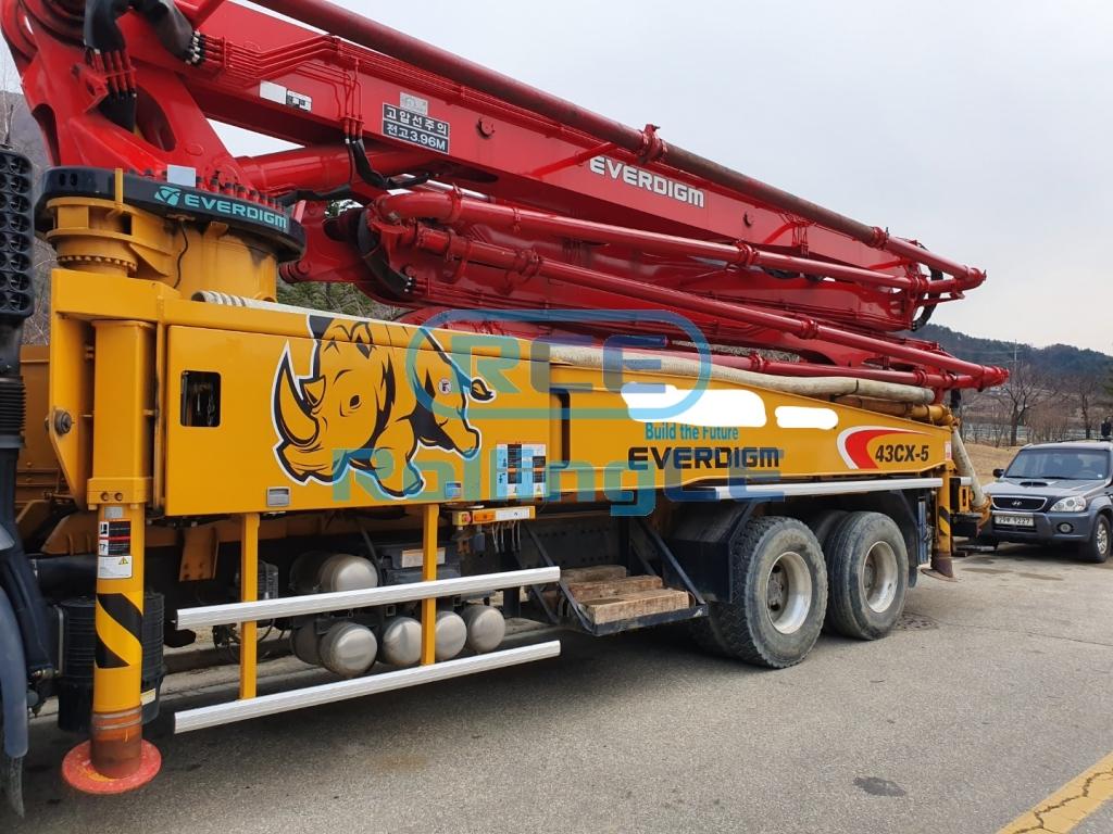 Concrete Pumps 콘크리트 펌프카 Xe bơm bê tông EVERDIGM ECP43CX images