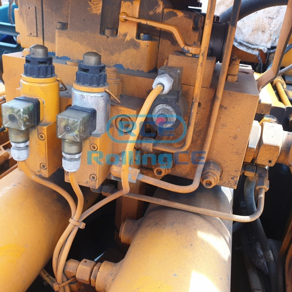 Concrete Pumps 콘크리트 펌프카 Xe bơm bê tông KCP KCP32ZX5120 images