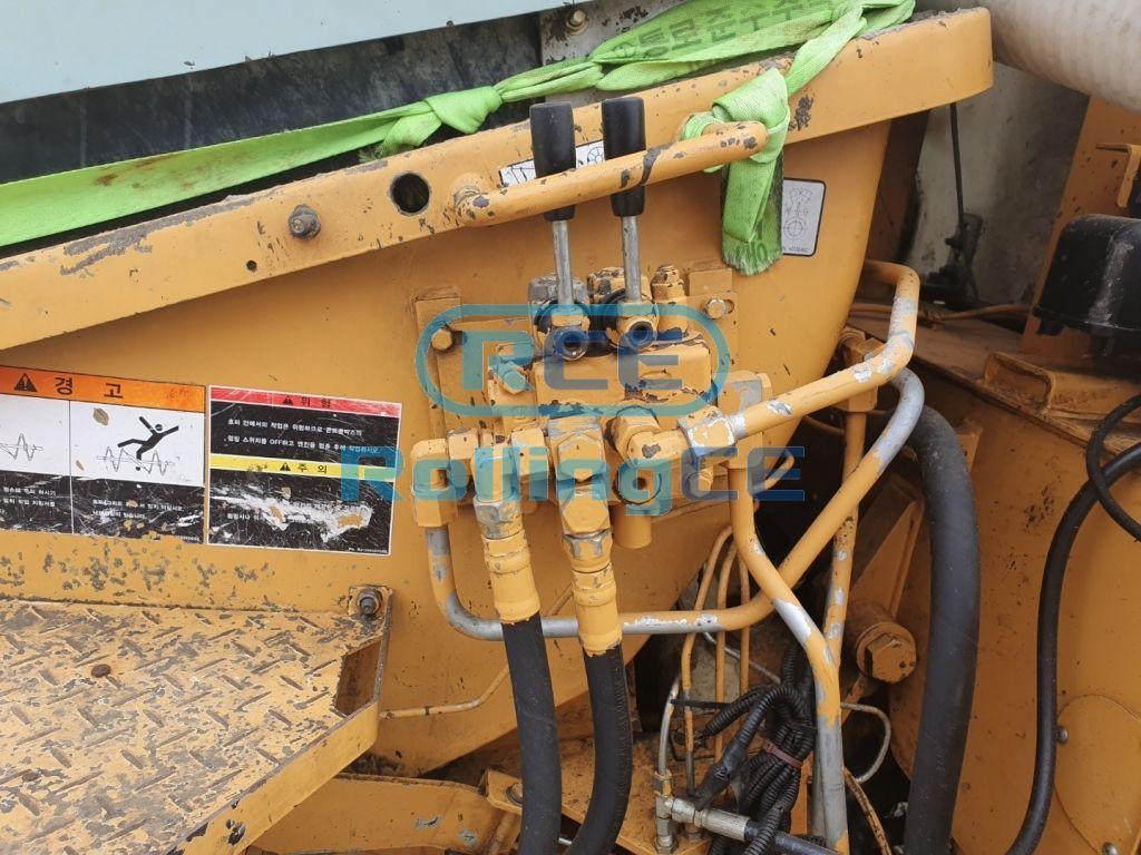 Concrete Pumps 콘크리트 펌프카 Xe bơm bê tông EVERDIGM ECP32CX images