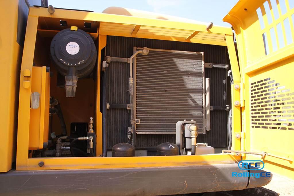 Wheel Excavators 타이어식 굴삭기 Máy xúc bánh lốp VOLVO EW145B PRIME images