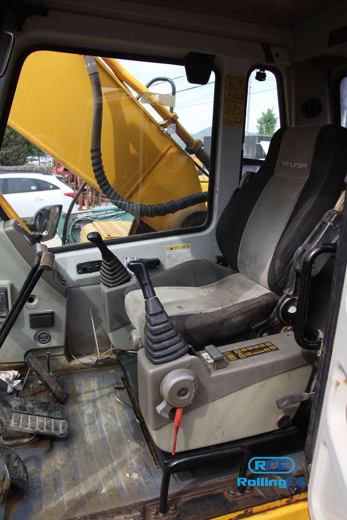 Crawler Excavators 무한 궤도식 굴삭기 Máy xúc bánh xích HYUNDAI ROBEX3000LC-7 images