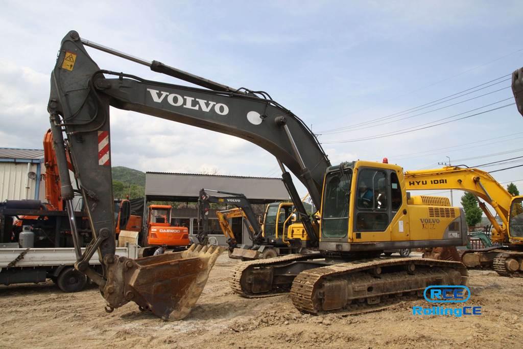 Crawler Excavators 무한 궤도식 굴삭기 Máy xúc bánh xích VOLVO EC290BLC