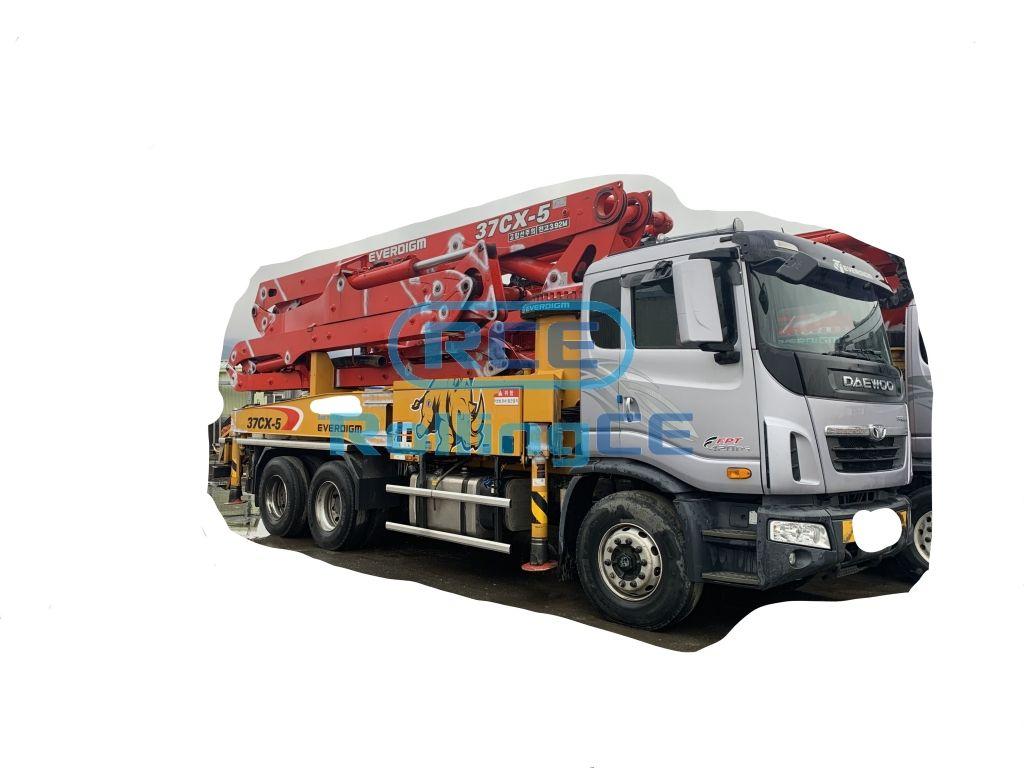 Concrete Pumps 콘크리트 펌프카 Xe bơm bê tông EVERDIGM ECP37