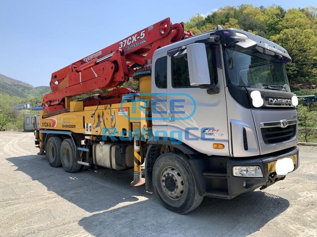 Concrete Pumps 콘크리트 펌프카 Xe bơm bê tông EVERDIGM ECP37CX