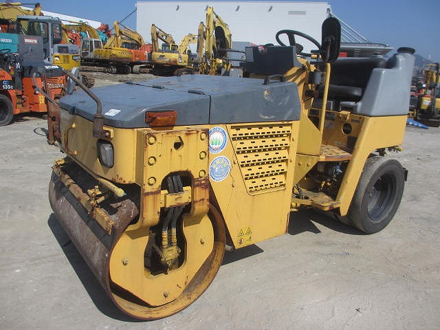 Road Construction Equipments 도로장비 Thiết bị thi công đường SAKAI TW350-1