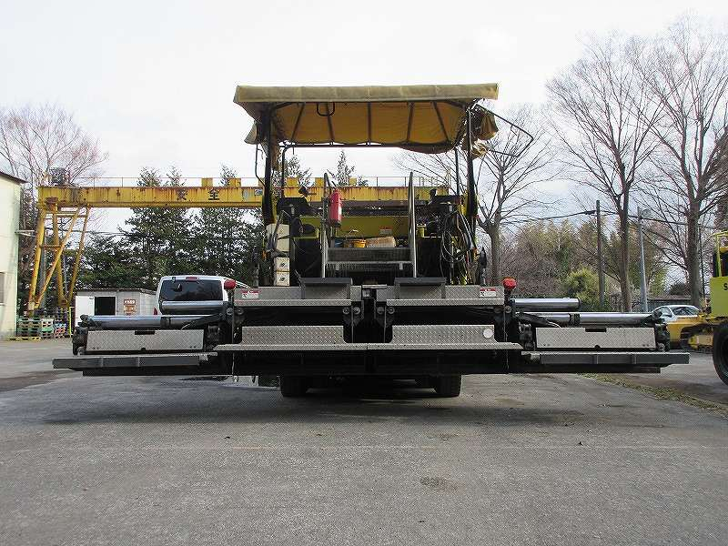 Road Construction Equipments 도로장비 Thiết bị thi công đường DEMAG DF135P images