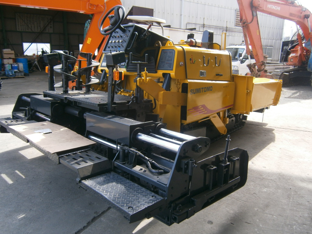 Road Construction Equipments 도로장비 Thiết bị thi công đường SUMITOMO HB30C-3 images