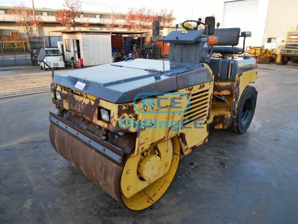 Road Construction Equipments 도로장비 Thiết bị thi công đường KOMATSU JV40CW-5E0