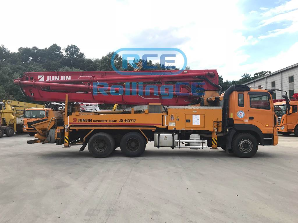 Concrete Pumps 콘크리트 펌프카 Xe bơm bê tông JUNJIN JX-H3717