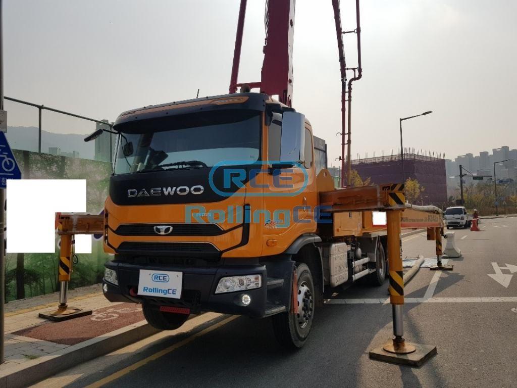 Concrete Pumps 콘크리트 펌프카 Xe bơm bê tông JUNJIN JX-RZ42D