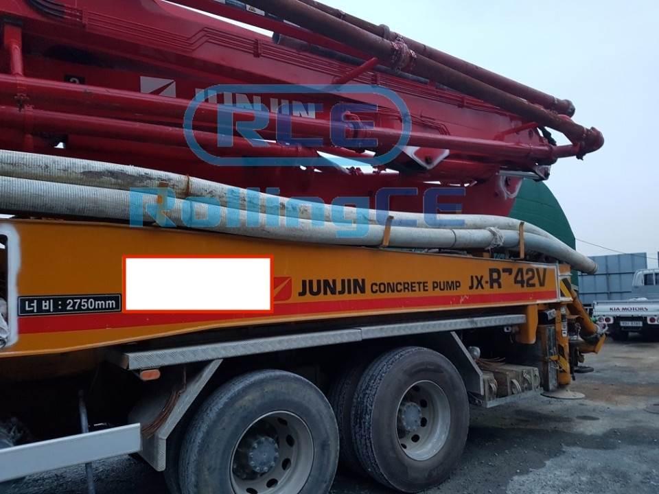 Concrete Pumps 콘크리트 펌프카 Xe bơm bê tông JUNJIN JX-RZ42V images