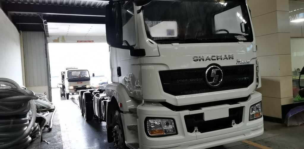 Mixer Trucks 레미콘 Xe trộn SHACMAN 10M3 images